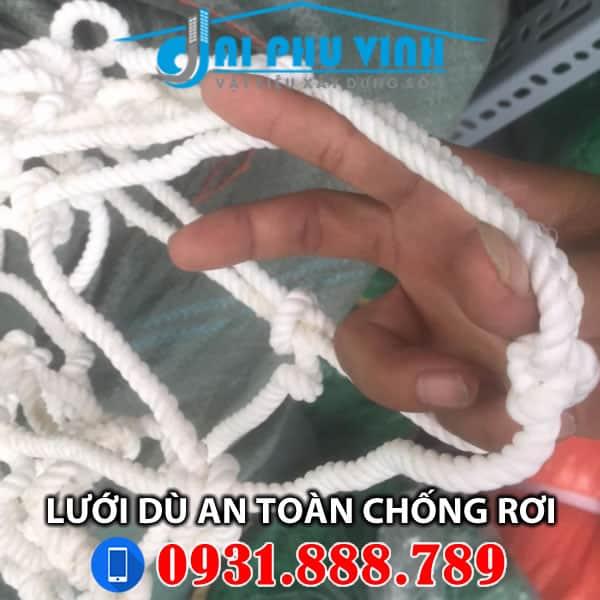 Lưới an toàn dù chống rơi - Lưới an toản vải dù chống người rơi